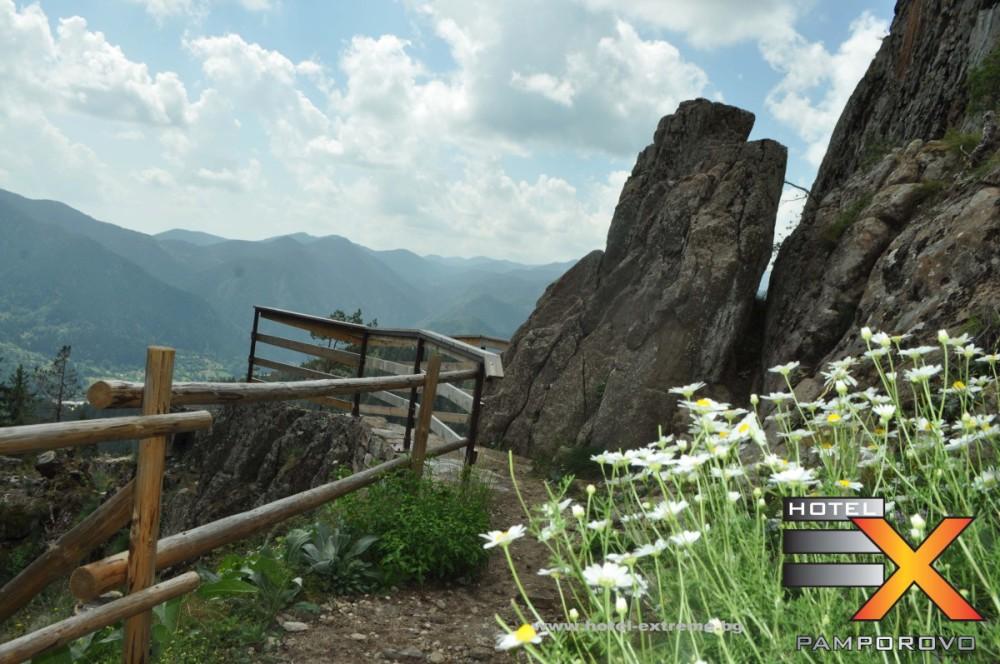 Подход към Панорамната площадка на крепостта.