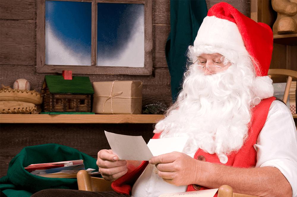 Дядо Коледа чете писма от Пампорово