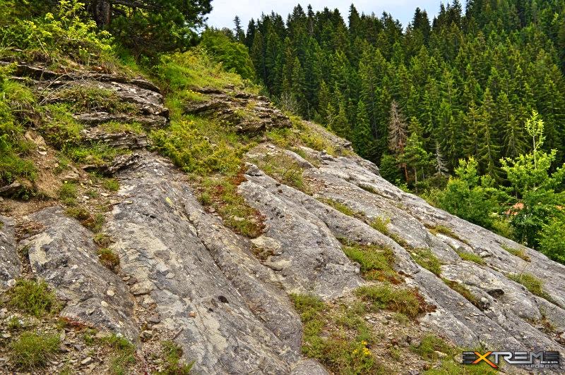 Кърджалийски камък пътеката